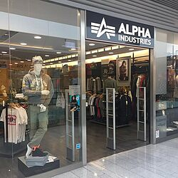 cheap for discount 37db6 74484 CENTRAL | Alpha Industries